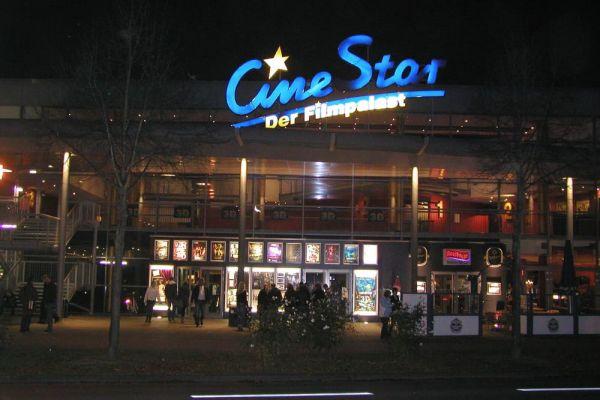 cinestar-front74561EAA-57B3-8260-D159-5398276E2BAC.jpg